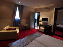 double-de-luxe-livingroom-tallink-hotel-riga