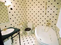 estonia-tallinn-hotel-barons-room-bathroom
