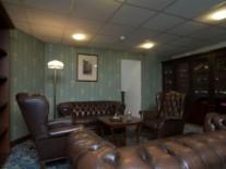estonia-tallinn-hotel-barons-room-sigarnaja