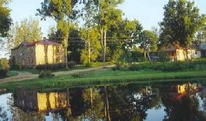 Коттедж 1701, Латвия