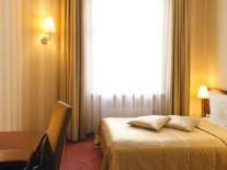 latvia-riga-hotel-monika-room