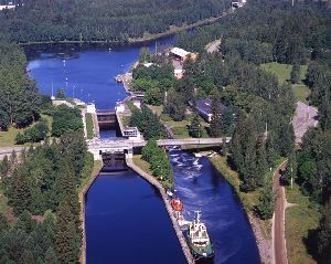 Симфония каналов и озер (2 дня/ 1 ночь)