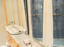 Sky hotel shower