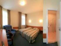 standard-dbl-divan-room-hotel-irina-riga-latvia-centr-goroda