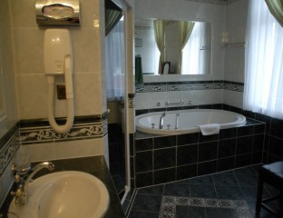 hotel-Bristol-02