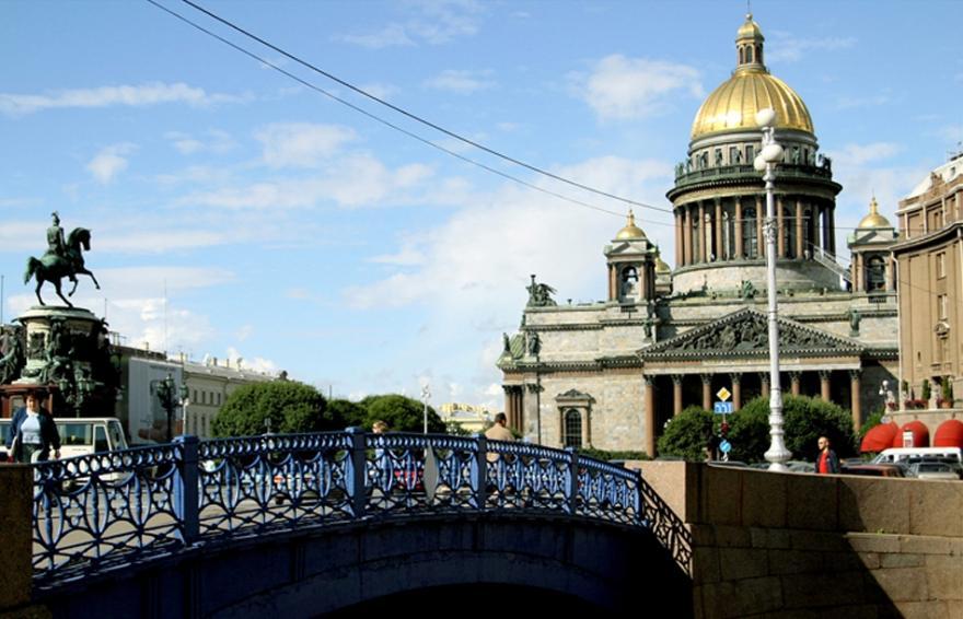 Classic program of visiting St. Petersburg