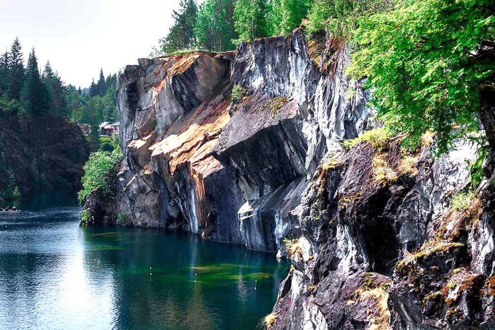 Сердце и душа Карелии: парк Рускеала и остров Валаам (2 дня)
